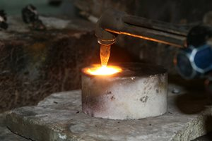 Welding in the aluminum smelting industry